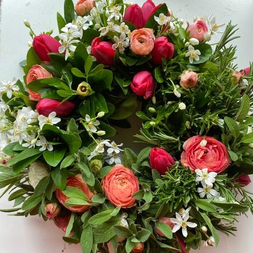 Milton Keynes Funeral Flowers Wreath 9