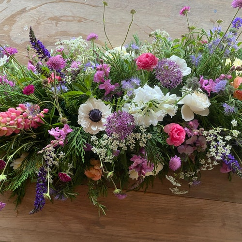 Bedfordshire Funeral Flowers Coffin Topper 1