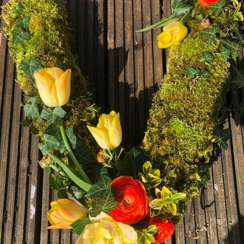 Bedfordshire Funeral Letter Flowers